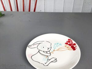 rabbit with flower plate