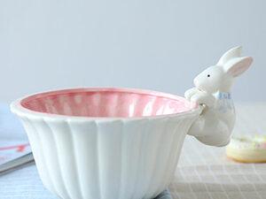 feeding bowl for rabbits