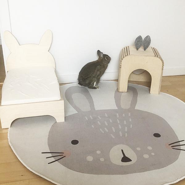 round carpet, rabbit, rabbit house, rabbit bed