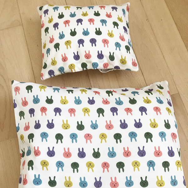 bedding with rabbits in many colors