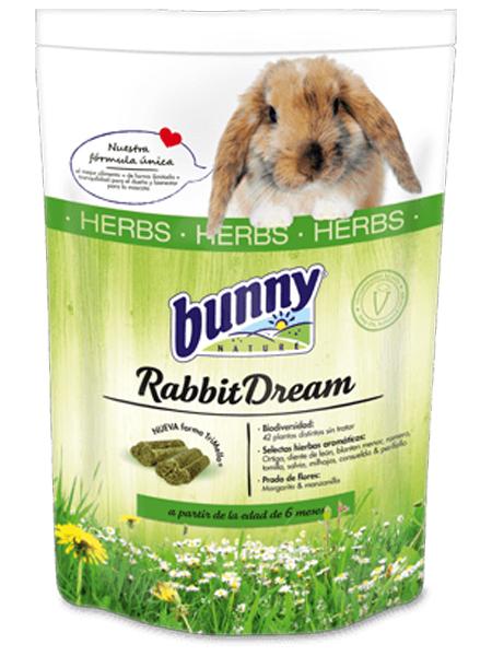 Rabbit feed test Bunny nature
