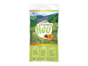 freshgrass hay with vegetables